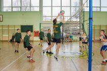 Turniej piłki siatkowej  w Konarzynach 2019-10 1